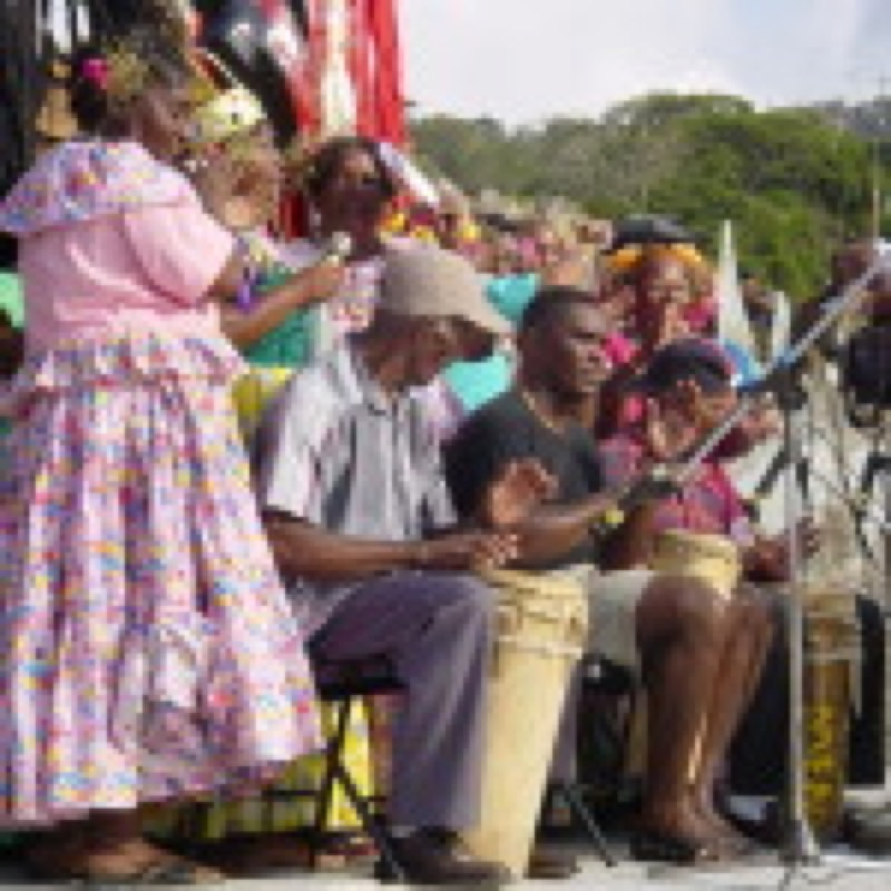 Congo Chorus and Drummers